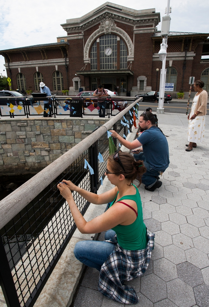 Yonkers Yarn Bombing  | Photo by Lester Millman | SarahDivi.com